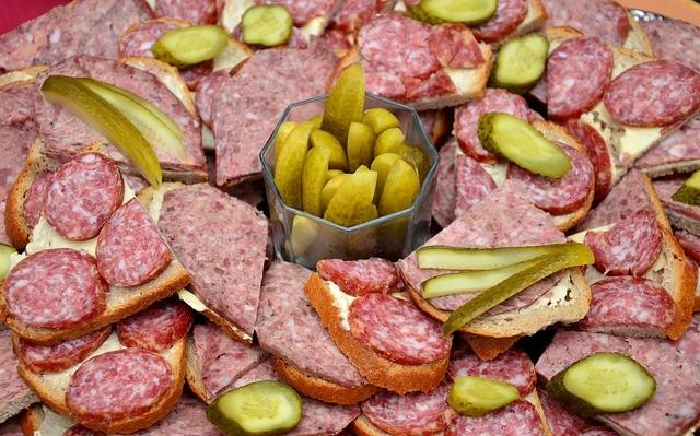 sausage-585656_640