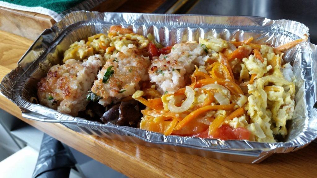 plat du jour avec palets de crevettes...y a pas du lourd, là?